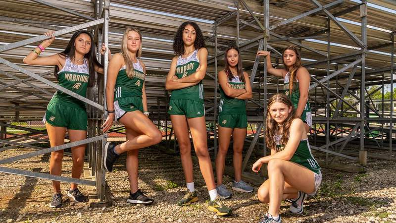 """PACK MENTALITY: Cross Country Has """"Different Look"""" in 2021"""
